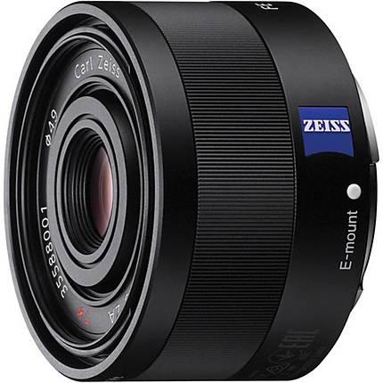 Sony Sonnar T FE 35mm f/2.8 ZA Full-frame E-Mount Prime Lens - Black